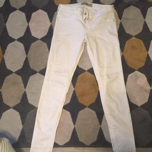 Hollister Super Skinny white jeans 5R 27/31